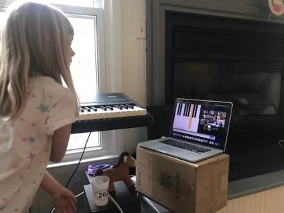 Remote_piano
